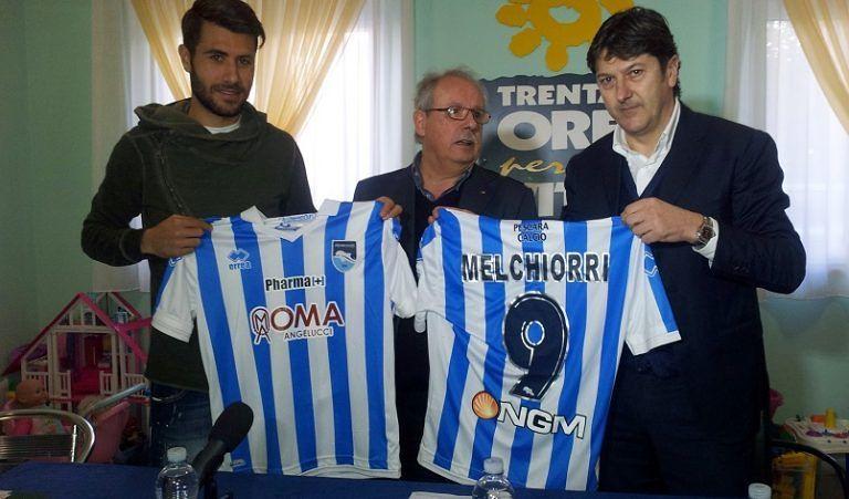 Gli incassi del Pescara in beneficenza all'Agbe: all'asta le maglie dei biancazzurri