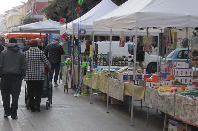 Montesilvano, il mercato di viale Europa aperto anche all'Epifania