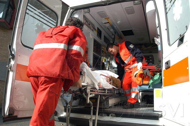 Goriano Sicoli, scontro fra due auto: muore una donna