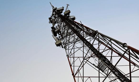 Pescara, i residenti di San Silvestro scrivono a D'Alfonso per far spegnere le antenne