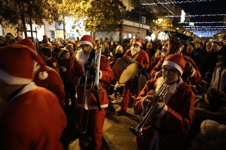 Abruzzo, Febbo tuona: 'Fondi per edilizia e trasporti destinati a feste e folklore'