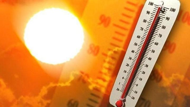 L'ondata di calore prosegue, ma nei prossimi giorni temperature giù anche di 12 gradi