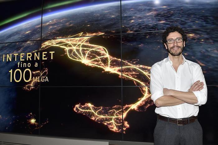 Internet a tutta velocità, in Italia arriva la banda ultralarga fino a 100 mega