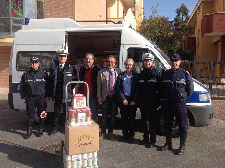 Montesilvano, iniziative di solidarietà: raccolti oltre 11 quintali di alimenti