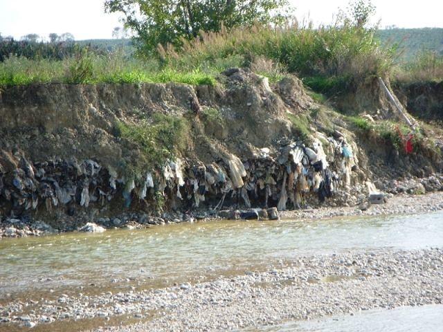 Roseto, lavori argine fiume nell'ex discarica Coste Lanciano: Fornaciari contro la burocrazia