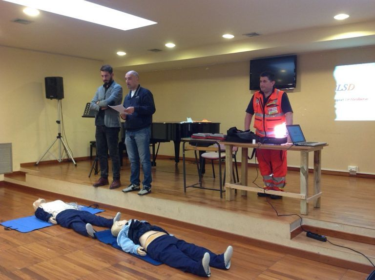 Montesilvano, prosegue il corso sull'uso dei defibrillatori