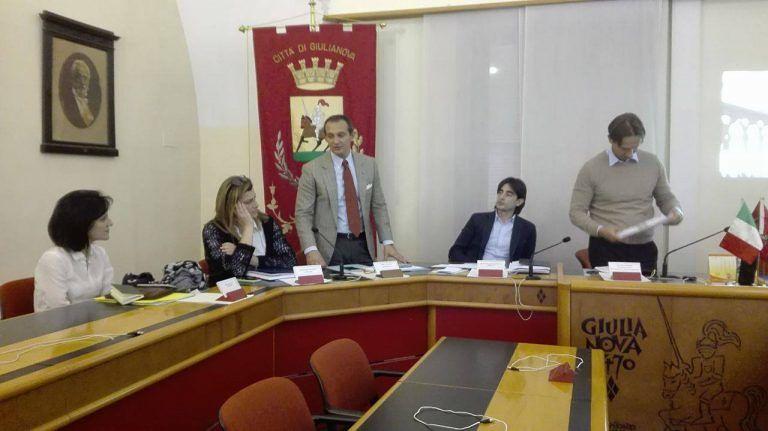 """Giulianova, EcoTeDi presenta """"app"""" e sito sulla gestione rifiuti"""