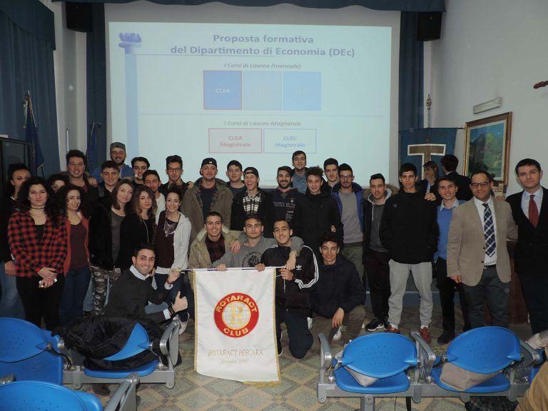 Pescara, oltre 100 studenti alla giornata di orientamento universitario