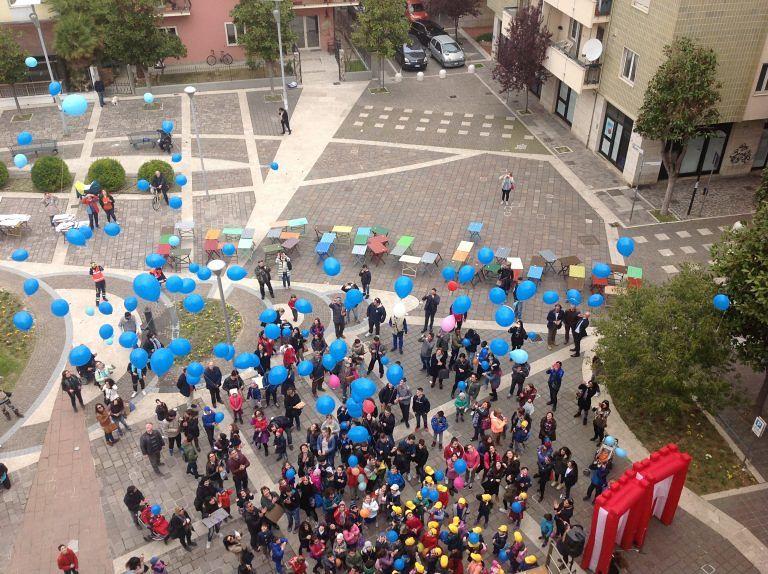 Giornata dell'autismo: Pescara e Montesilvano si accendono di blu