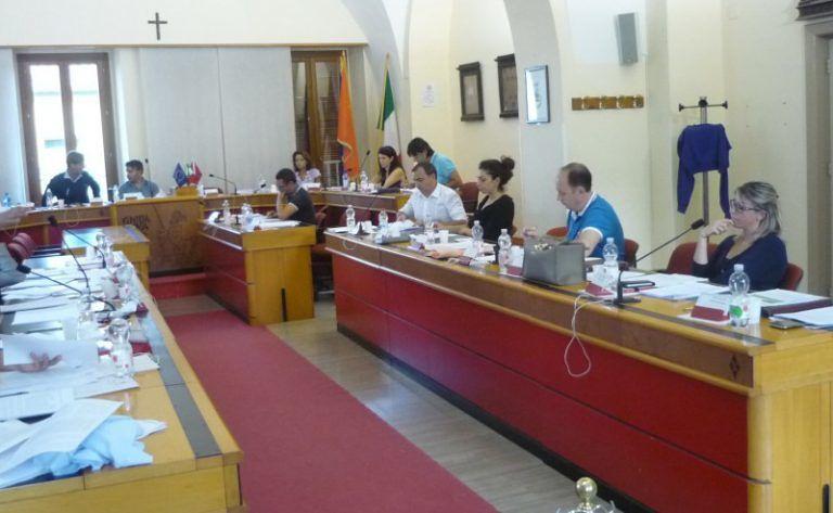 Giulianova, crisi in maggioranza: Civicamente dice no alle delibere sul bilancio