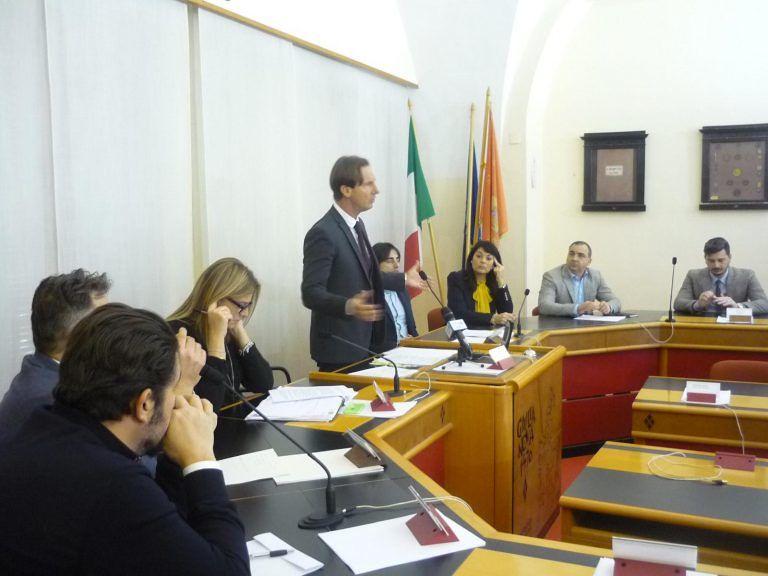 Giulianova, giunta approva bilancio preventivo: fissate date consigli
