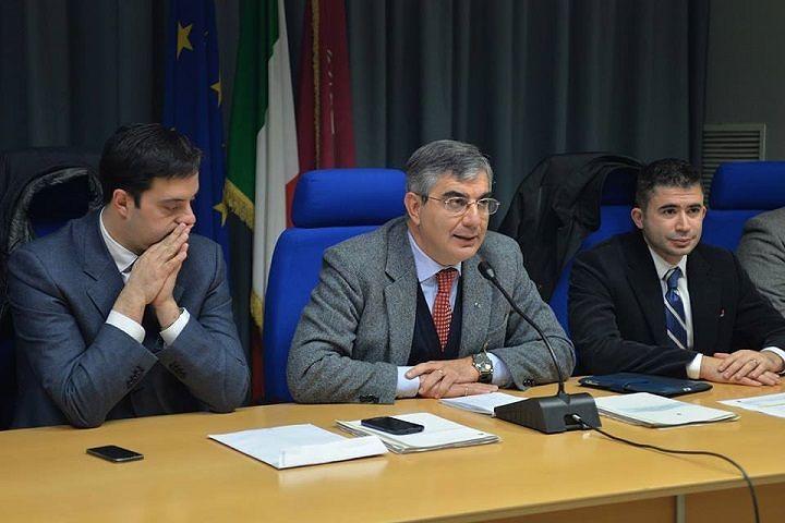 Regione, la Giunta assegna 40 mila euro ciascuno a 123 piccoli comuni per viabilità