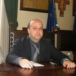 """Pescara, Pignoli su tagli assistenza domiciliare """"Si pensi più al sociale e meno alle targhe"""""""