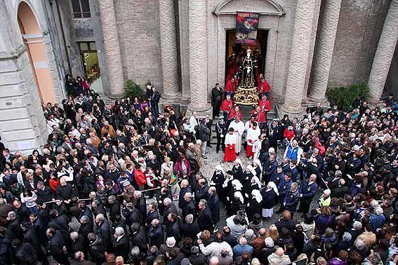 Penne, la processione del Venerdì Santo più antica d'Abruzzo in un documentario