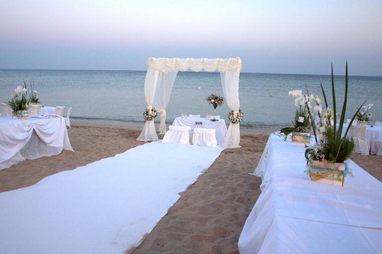 Roseto, matrimoni in spiaggia dall'estate prossima