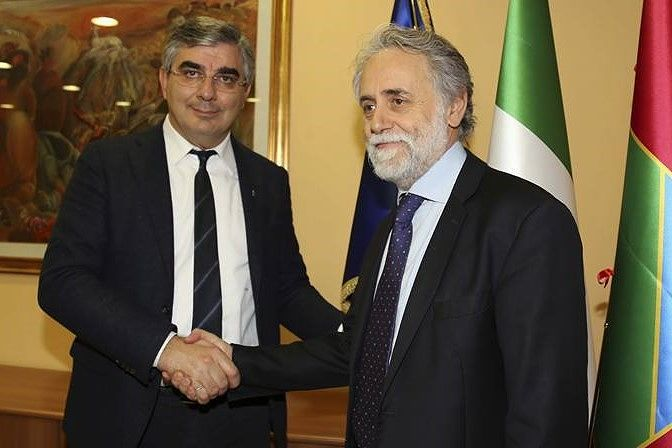 Teramo, è ufficiale la nomina di Mattioli a direttore generale dell'Izs