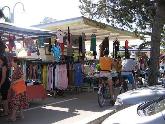 Pineto, mercato del sabato. I commericanti chiedono un confronto con l'amministrazione