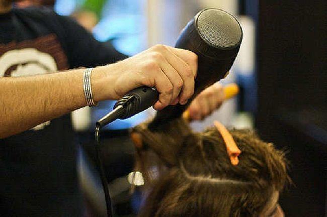 Pescara, Covid: parrucchieri ed estetisti contro lo stop e gli abusivi