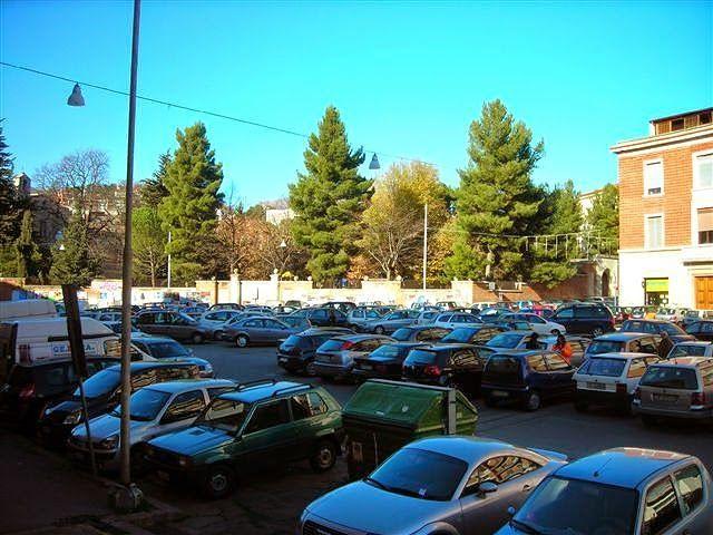 Teramo, parcheggio di Piazza Dante: l'amministrazione predispone il PEF