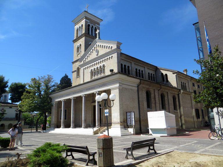 Pineto, Parrocchia Sant'Agnese: la settimana di Pasqua al tempo del Covid-19