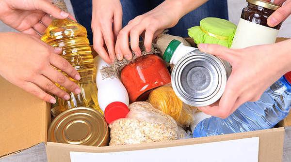 Solidarietà: riparte la raccolta alimentare di CasaPound Italia per le famiglie italiane in difficoltà