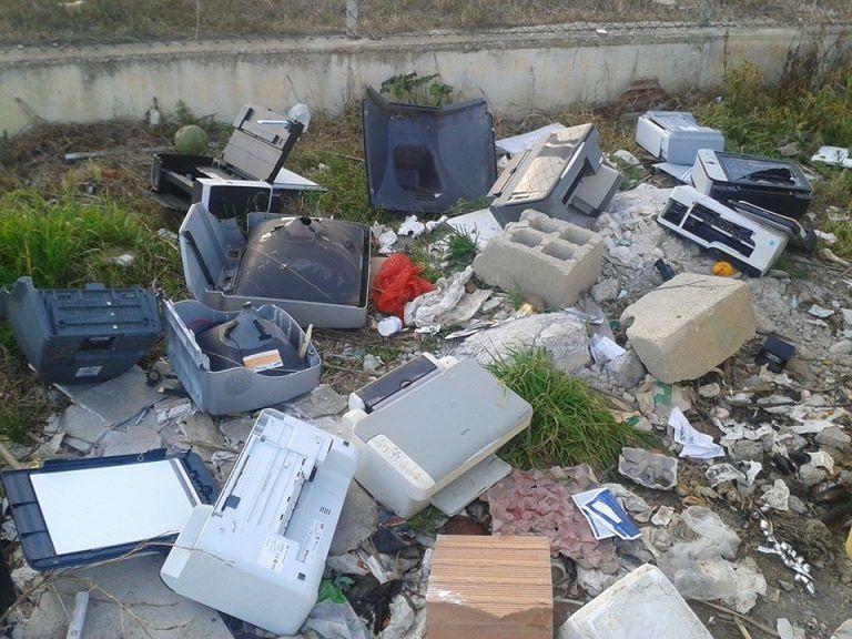 Francavilla, sanzioni della Polizia Municipale per abbandono rifiuti