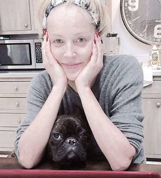 Sharon Stone, la foto struccata spopola su Instagram