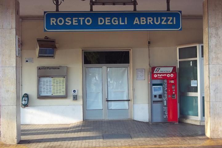 La stazione di Roseto: i grandi personaggi e la lettera inviata al Presidente di FS