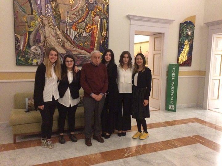 Istituto Moretti Roseto, mostra sui Celommi ispira bozzetti di moda degli alunni