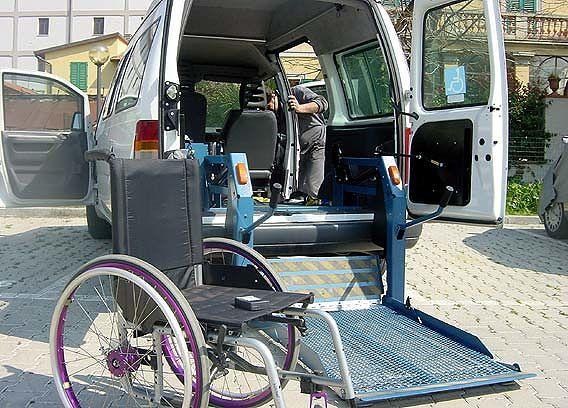 Pescara, convenzione Comune-Aci per il trasporto di disabili e malati