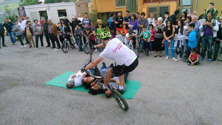 Teramo, tanta partecipazione di bimbi al Bici Day di Villa Marini