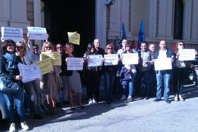 Provincia Teramo, dipendenti scioperano per la difesa dei servizi