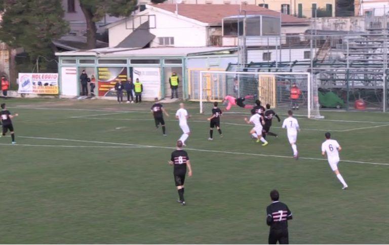 Il Real Giulianova si rialza: 5-0 al River. Doppiette di Tozzi Borsoi e Di Paolo, eurogol di Del Grosso