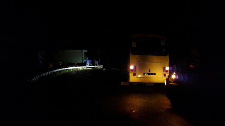 Mosciano, nuovo guasto per uno scuolabus: resta fermo in curva FOTO