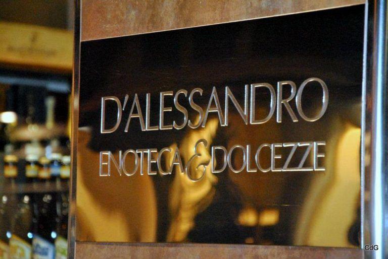 Pescara, assalto alla storica enoteca D'Alessandro