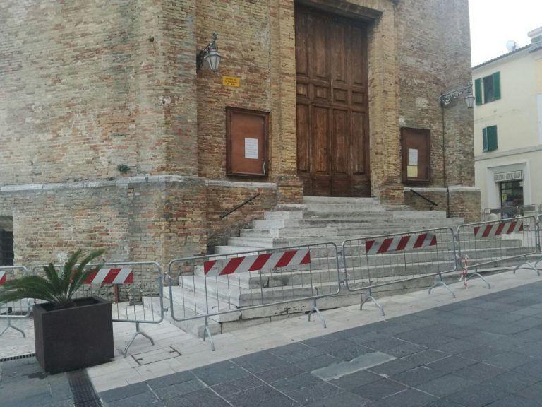 Giulianova, cade parte della copertura dalla cupola: transennato Duomo San Flaviano