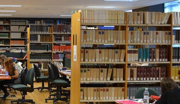 Pescara, biblioteche comunali prive di fondi: assemblea pubblica