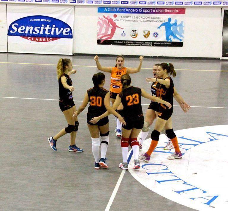 Volley: le ragazze del Città Sant'Angelo espugnano anche L'Aquila