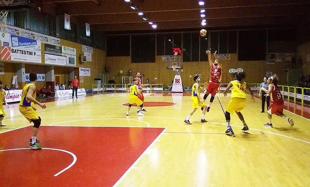 Basket, Teramo a Spicchi vince a Mosciano 82-72