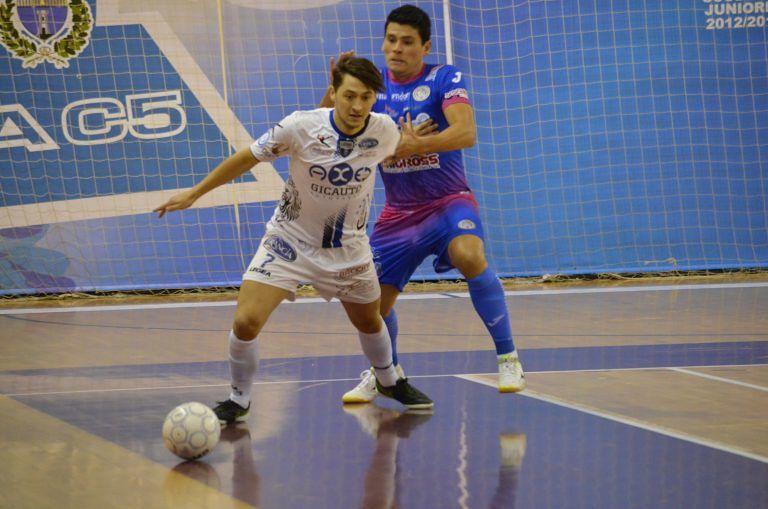 Futsal, Acqua e Sapone perde la testa a Pesaro