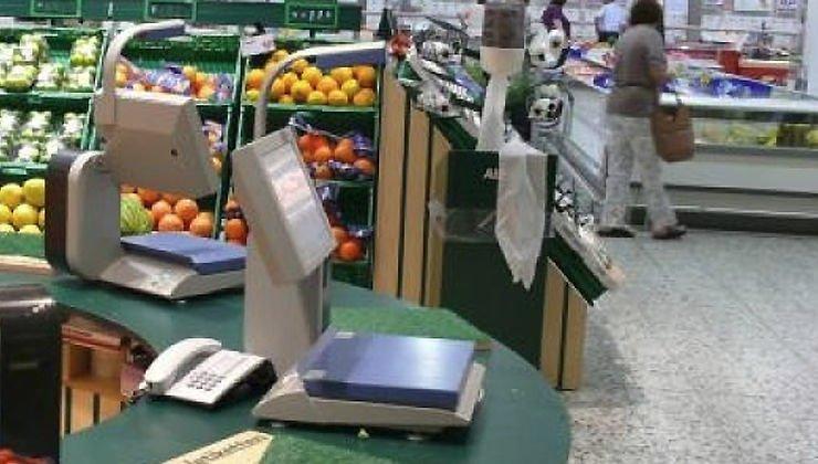 """Spesa: buste """"bio"""" a pagamento anche per frutta e verdura"""