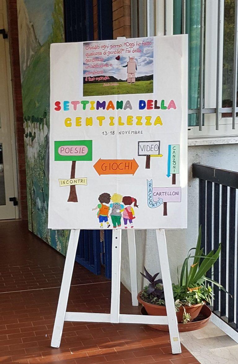 Teramo, giornata mondiale della gentilezza: iniziative alla scuola De Jacobis FOTO