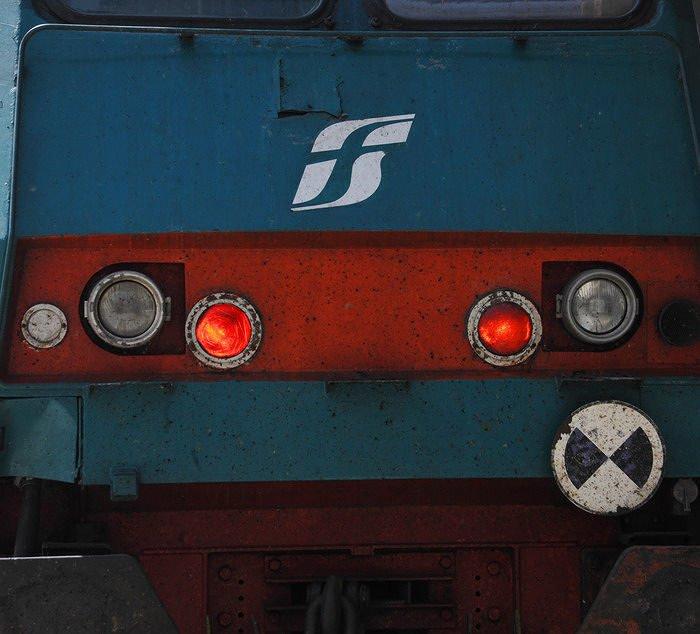 Ferrovia Pescara-Sulmona: ripristinata la linea dopo la caduta di un albero