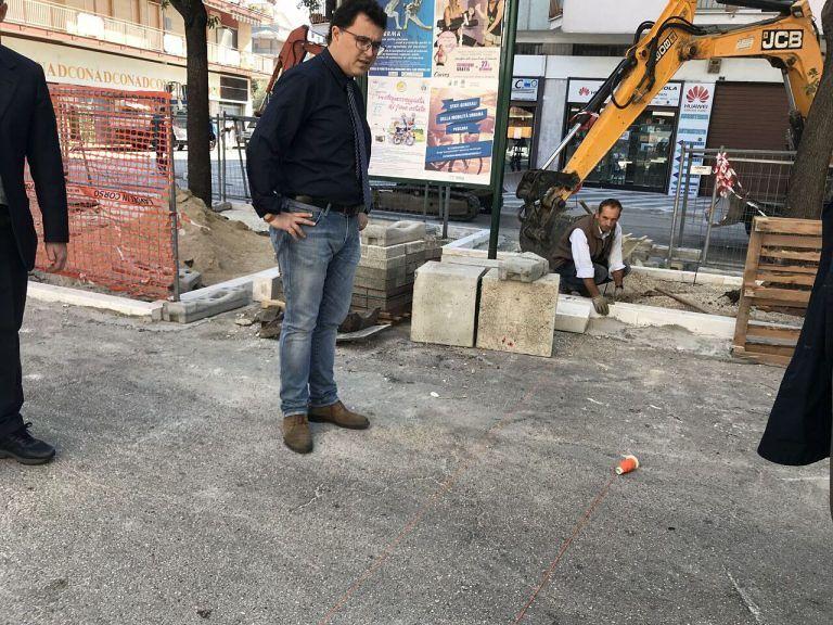 Pescara, via Mazzarino: risolto il problema degli scivoli per disabili