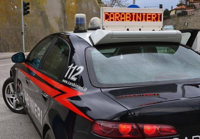 Intervento dei Carabinieri per soccorrere escursionista smarritasi tra i boschi di Borrello