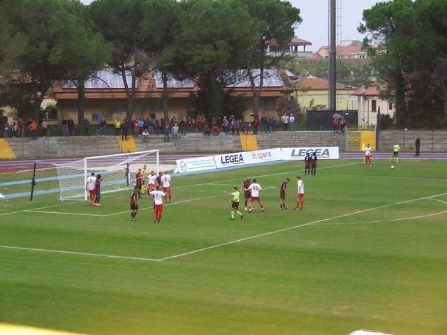Derby ricco di emozioni al Valle Anzuca, il Francavilla batte in rimonta L'Aquila 3-2 VIDEO