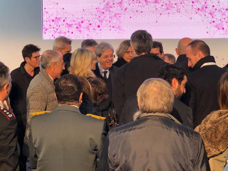 """Il premier Gentiloni a Campli: """"Ripartiamo dalle aree terremotate"""" FOTO VIDEO"""