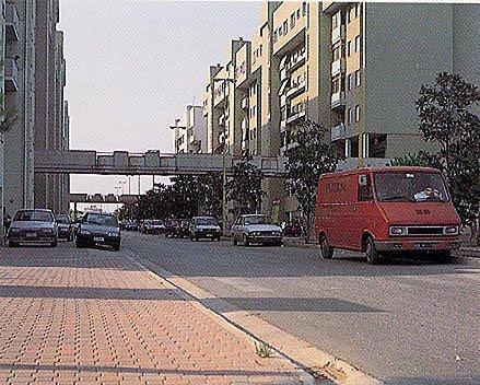 Giulianova, porte e finestre blindate contro le occupazioni degli alloggi Ater