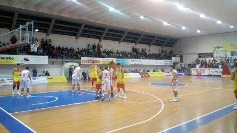 Basket, Giulianova cade in casa con Senigallia
