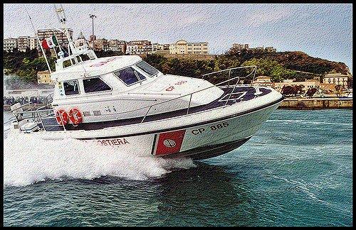Ortona, peschereccio in difficoltà soccorso dalla Capitaneria di Porto